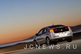 Автомобиль Chevrolet Volt