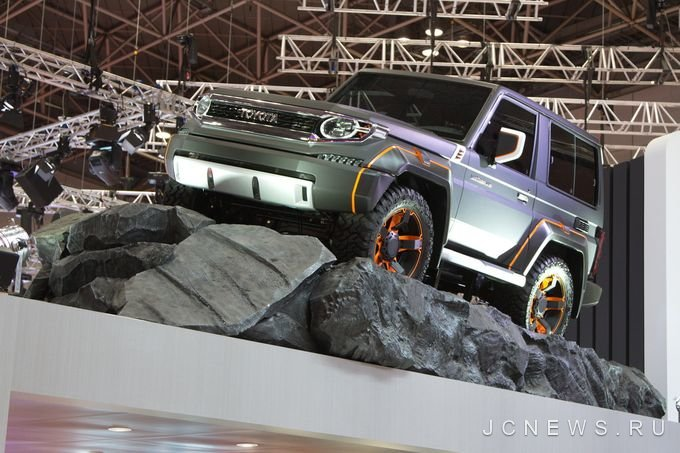 В Токио представили концепт Toyota Land Cruiser 70 Series XJ700