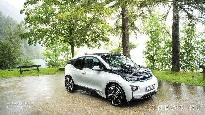 BMW обновил i3
