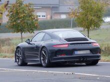 Porsche объяснил, почему ограничит производство 911 R