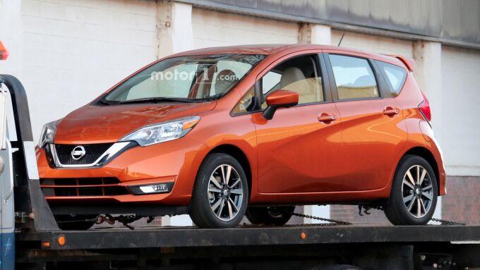 Nissan Note заметили без камуфляжа