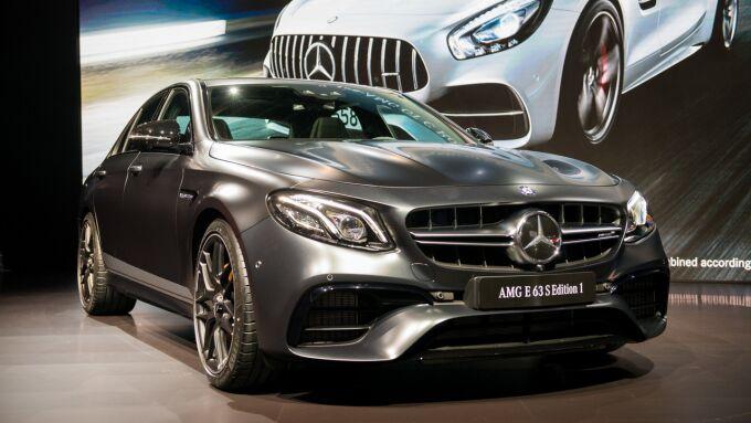 Mercedes-AMG привез в Лос-Анджелес 603 лошади