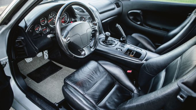 На eBay выставили помесь Mazda RX-7 и Corvette