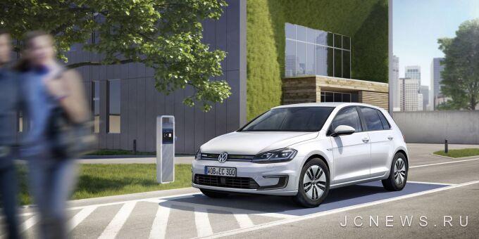 Volkswagen привез обновленный e-Golf на премьеру в Детройте