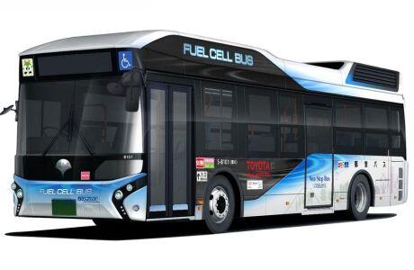 Первый водородный автобус Toyota выехал на дорогу