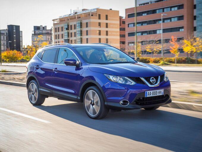 Nissan обвиняют в том, что он по-прежнему продает возмутительно грязные дизели