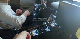 Bentley Continental GT впервые показал отделку салона