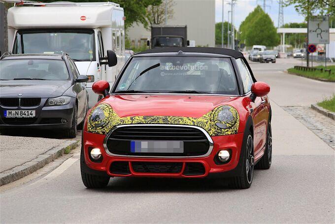MINI Cabrio и Cooper S показали в Германии