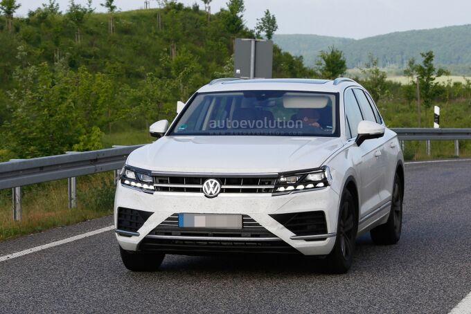 Шпионские фото нового Volkswagen Touareg без прикрытия