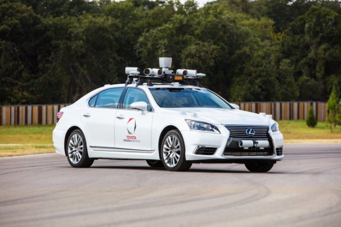 Toyota помогла своим автономным автомобилям лучше видеть мир