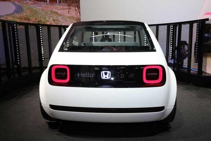Концепт Honda Urban перекинет мост между прошлым и будущим