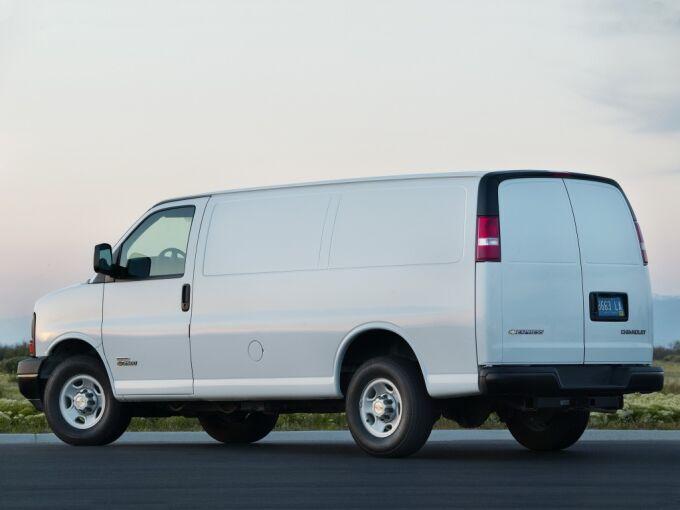 Chevrolet Express обновил линейку двигателей