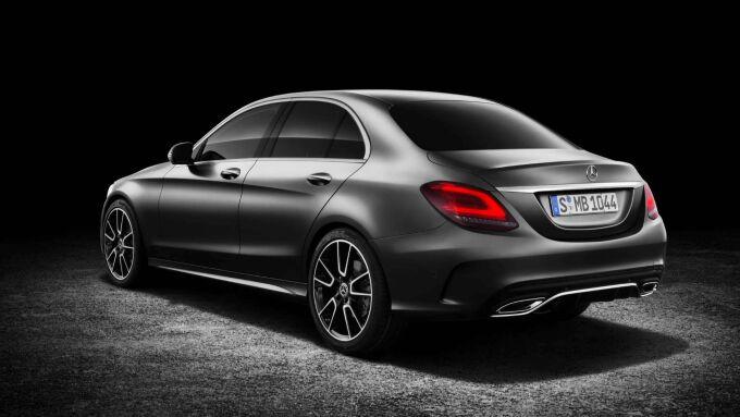 Mercedes-Benz рассказал про обновленный C-Class