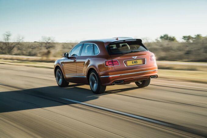 Bentley официально представил Bentayga Speed