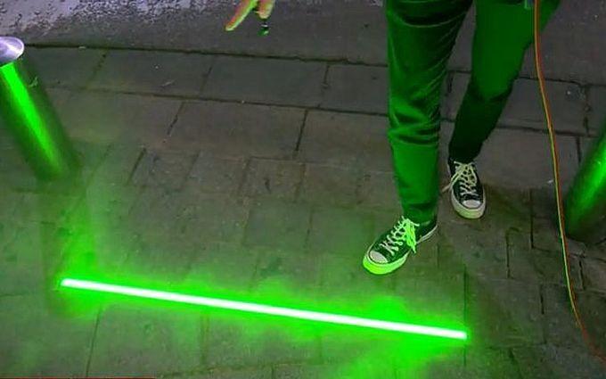 В Тель-Авиве установили светофоры для «зомби»