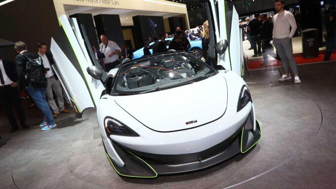 В Женеве показали новый McLaren 600LT Spider MSO