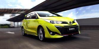 Toyota Prius C заменят на гибридный Yaris