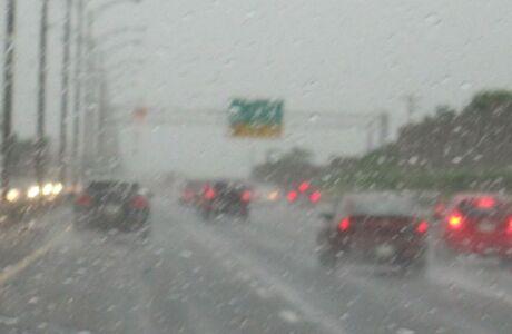 Toyota будет предсказывать погоду стеклоочистителями
