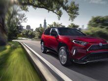 В ближайшие три года Toyota обещает 31 новых и обновленных моделей