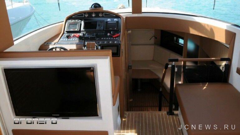 Яхта-кабриолет Marine Oronero