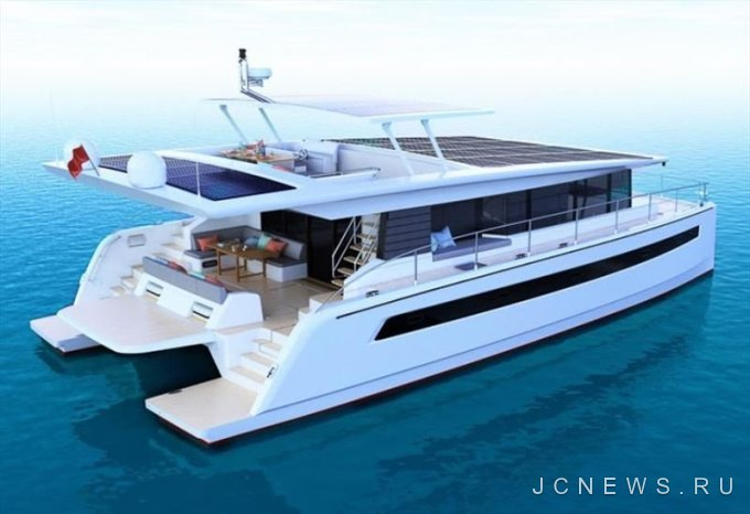 Silent Yachts покажет новый катамаран на солнечных батареях